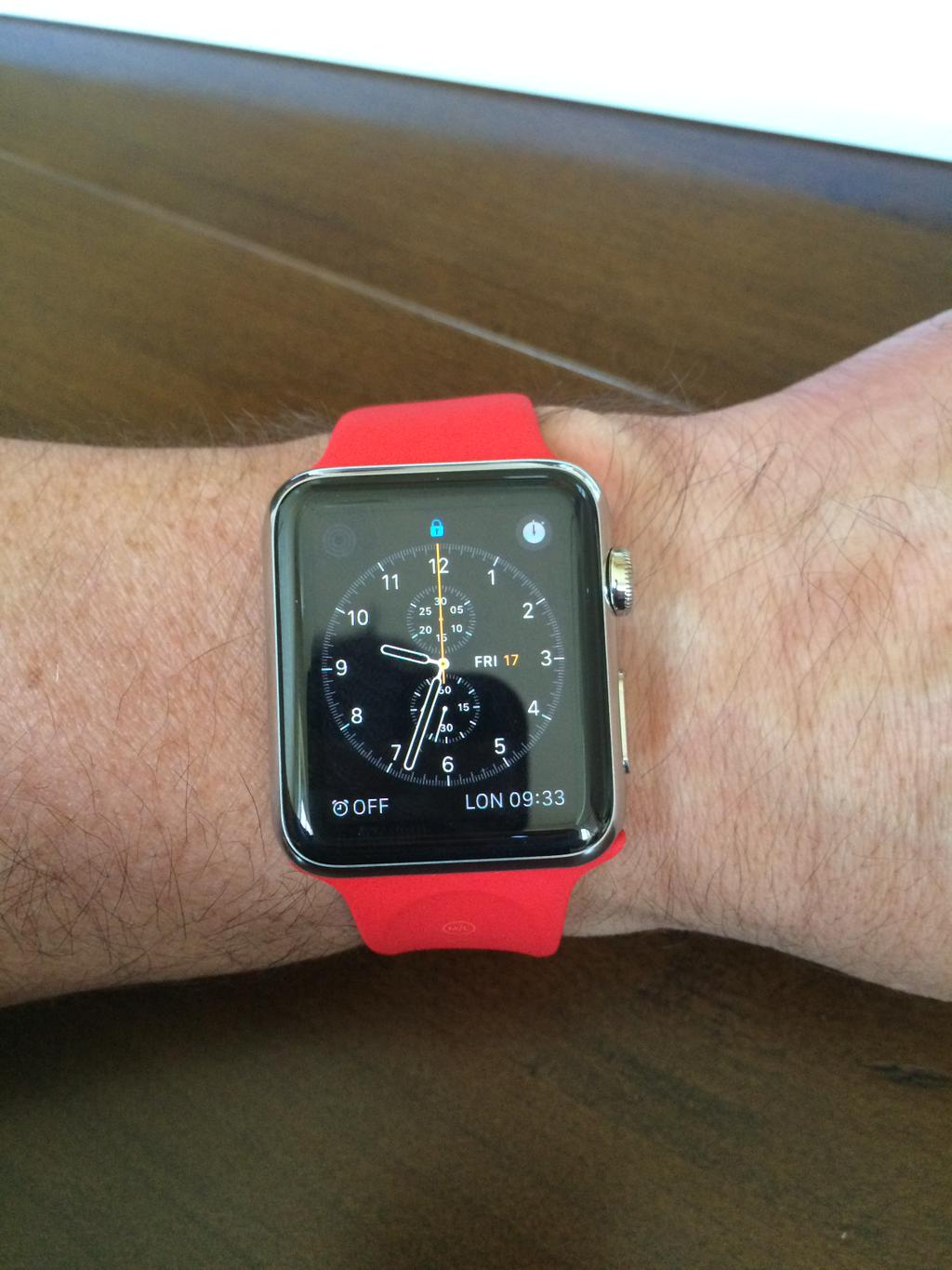 bracelet-rouge-Apple-Watch
