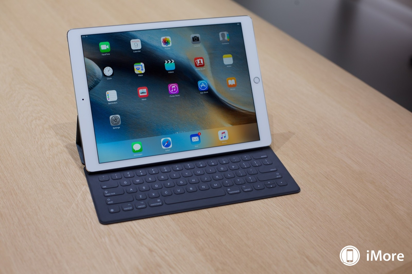 ipad-pro-keyboard-hero